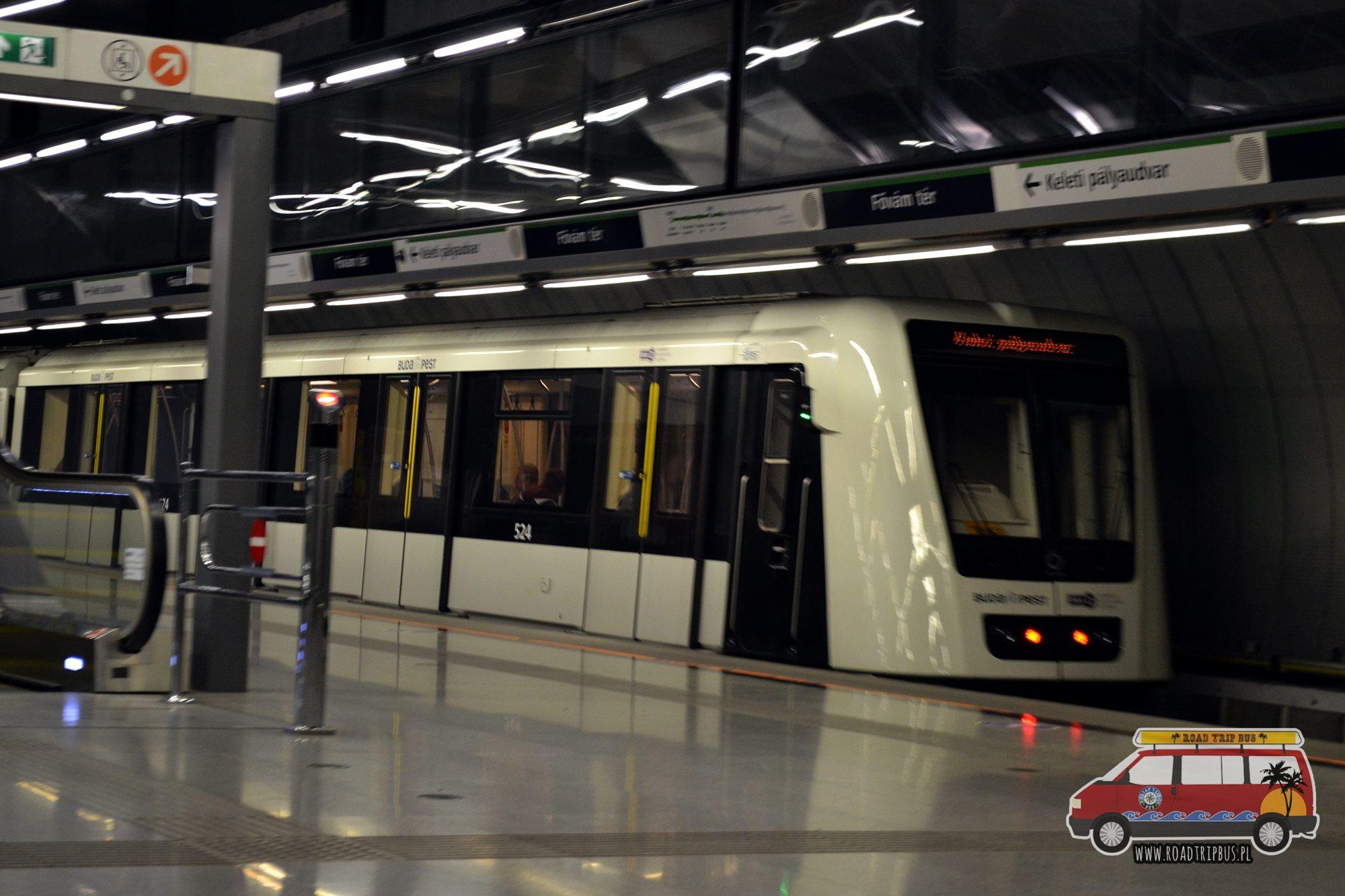 Fővám tér metro Budapeszt