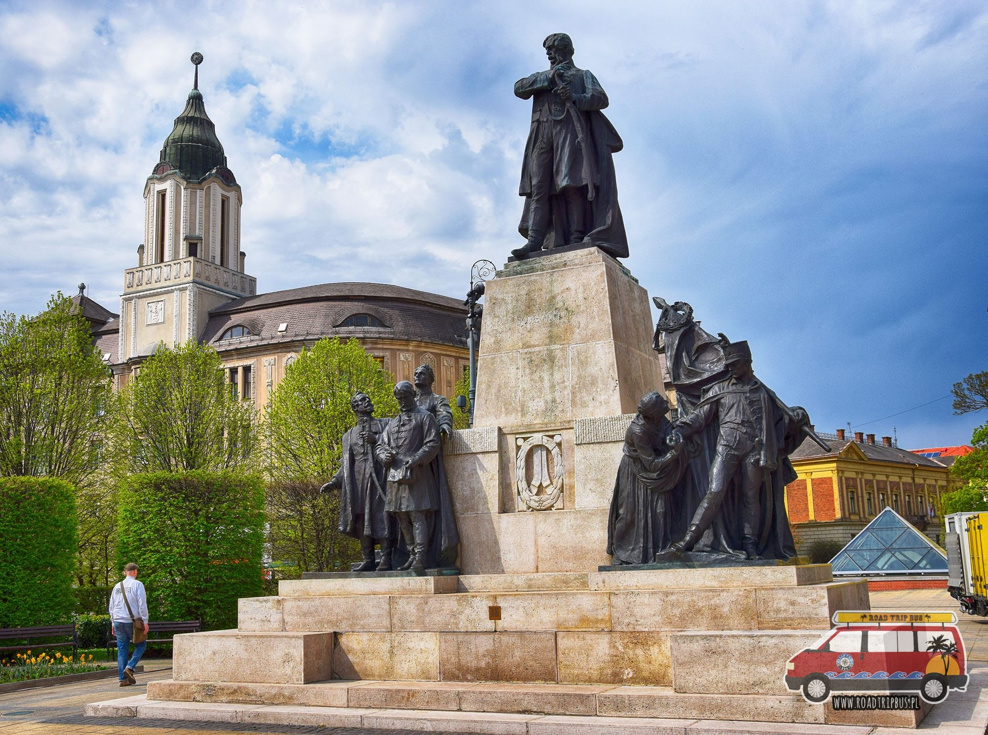 pomnik Kossutha