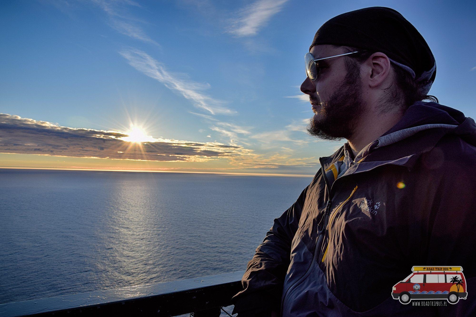 Zdjęcie zrobione na Nordkappie 11 lipca około godziny 22:30. Słońce było w tym momencie najniżej, później zaczęło się stopniowo podnosić.