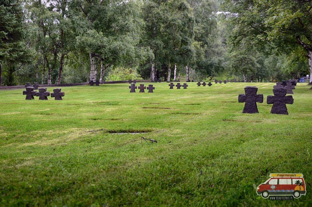 Część cmentarza poświęcona żołnierzom niemieckim.
