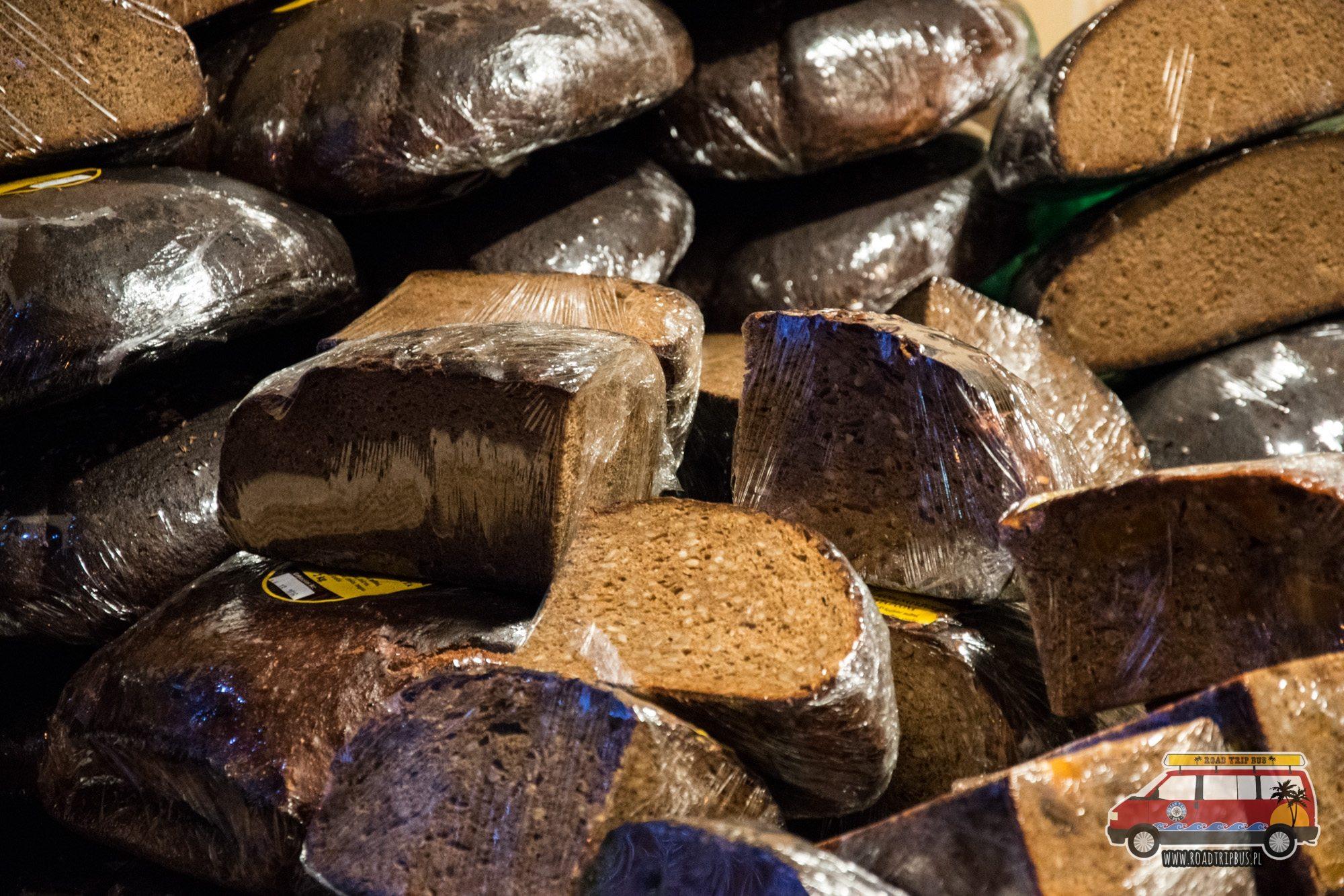 czarny litewski chleb