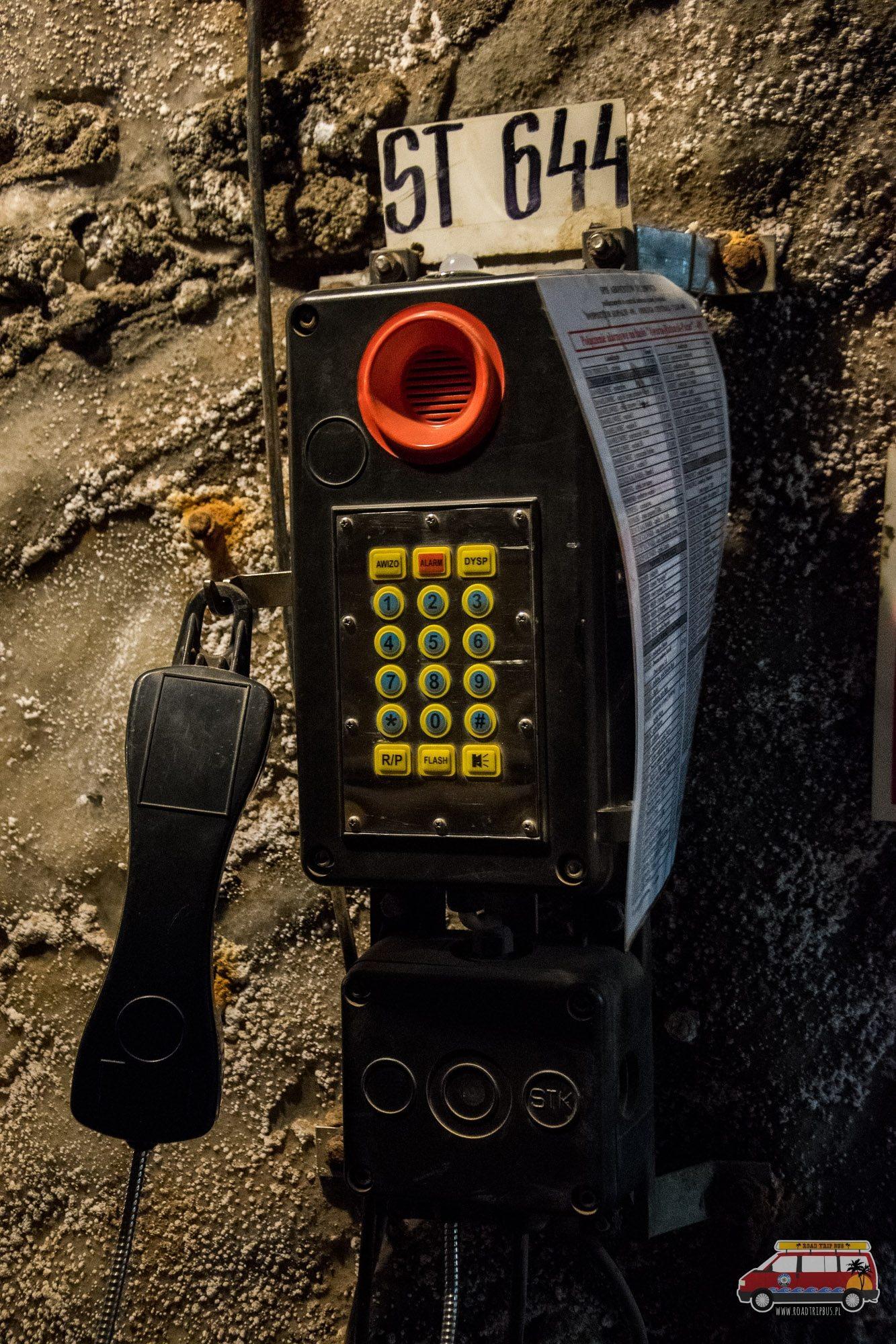 telefon podziemny