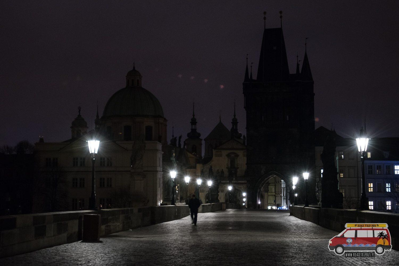 most karola w nocy