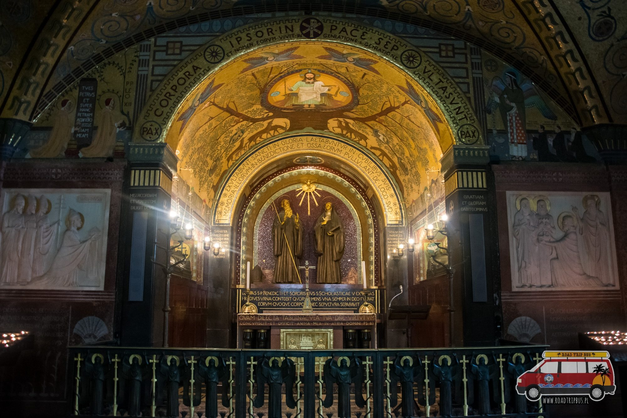 podziemia klasztoru montecassino