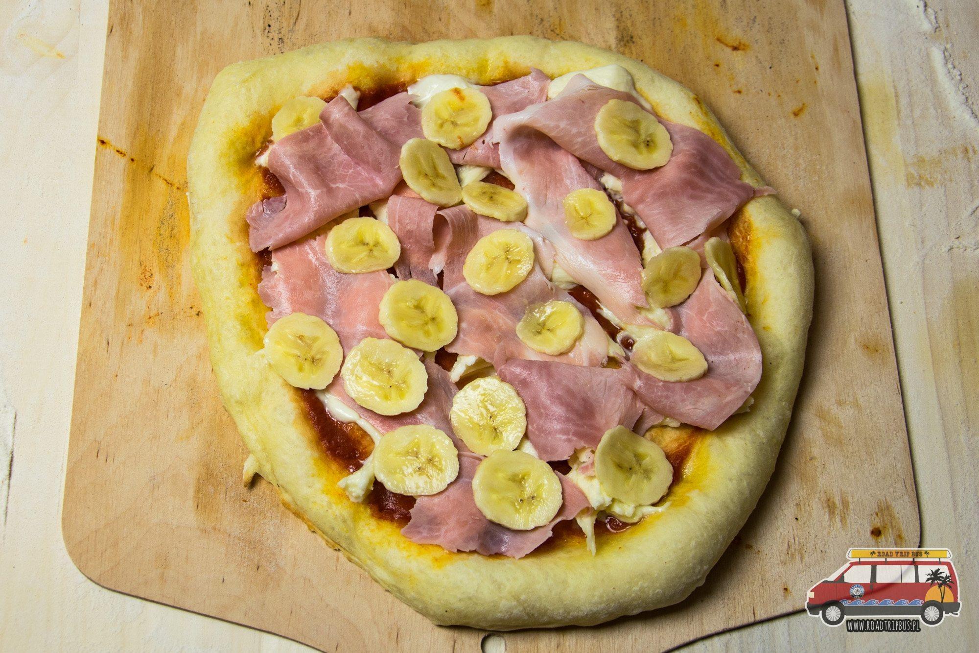 pizza z bananem