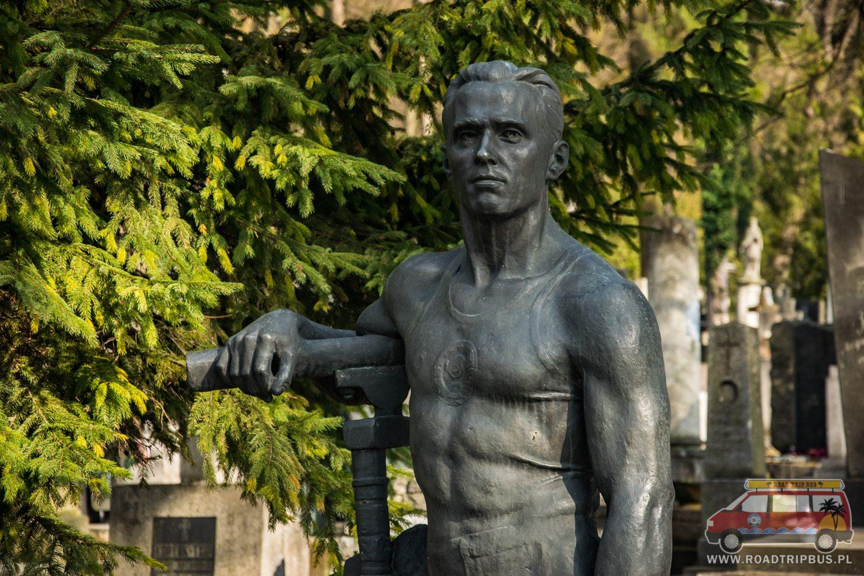 grób Wiktora Czukarina