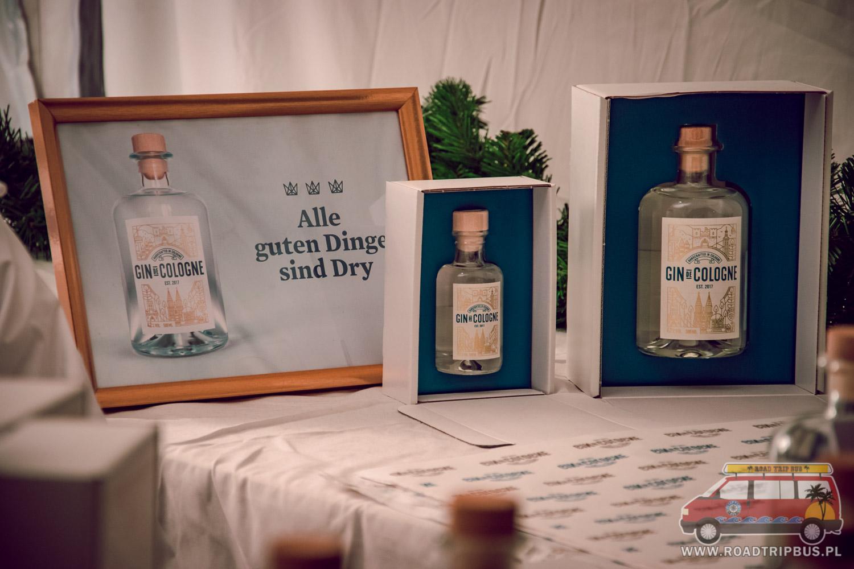 gin z kolonii