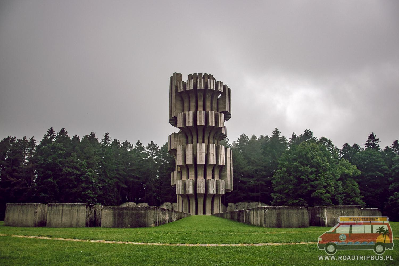 monument rewolucji bośnia