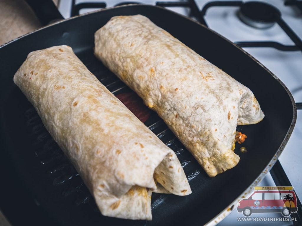 smażenie burrito
