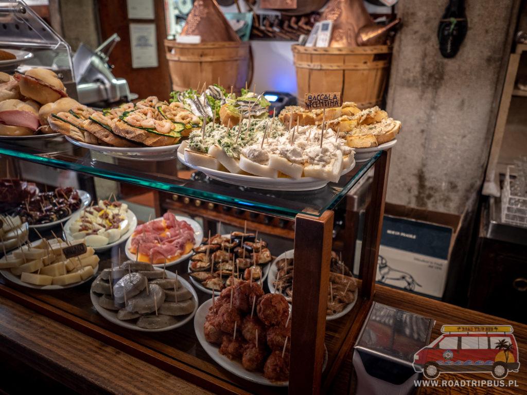 bar z przekąskami w Wenecji