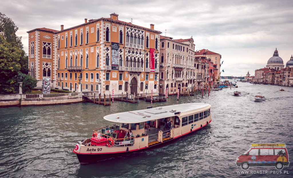 vaporetto - tramwaj wodny