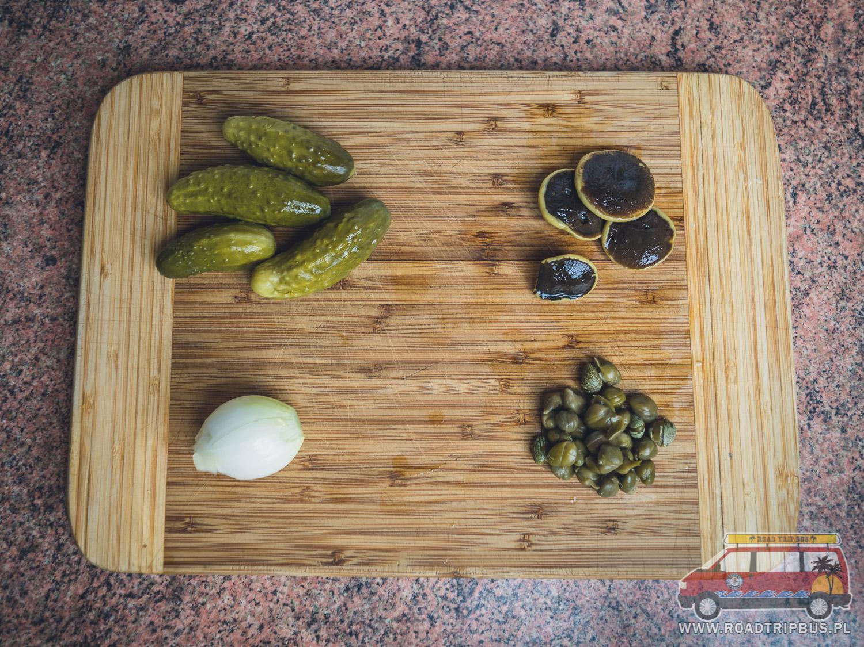 składniki na sos tatarski