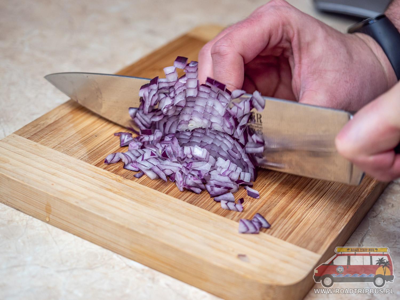 krojenie cebuli