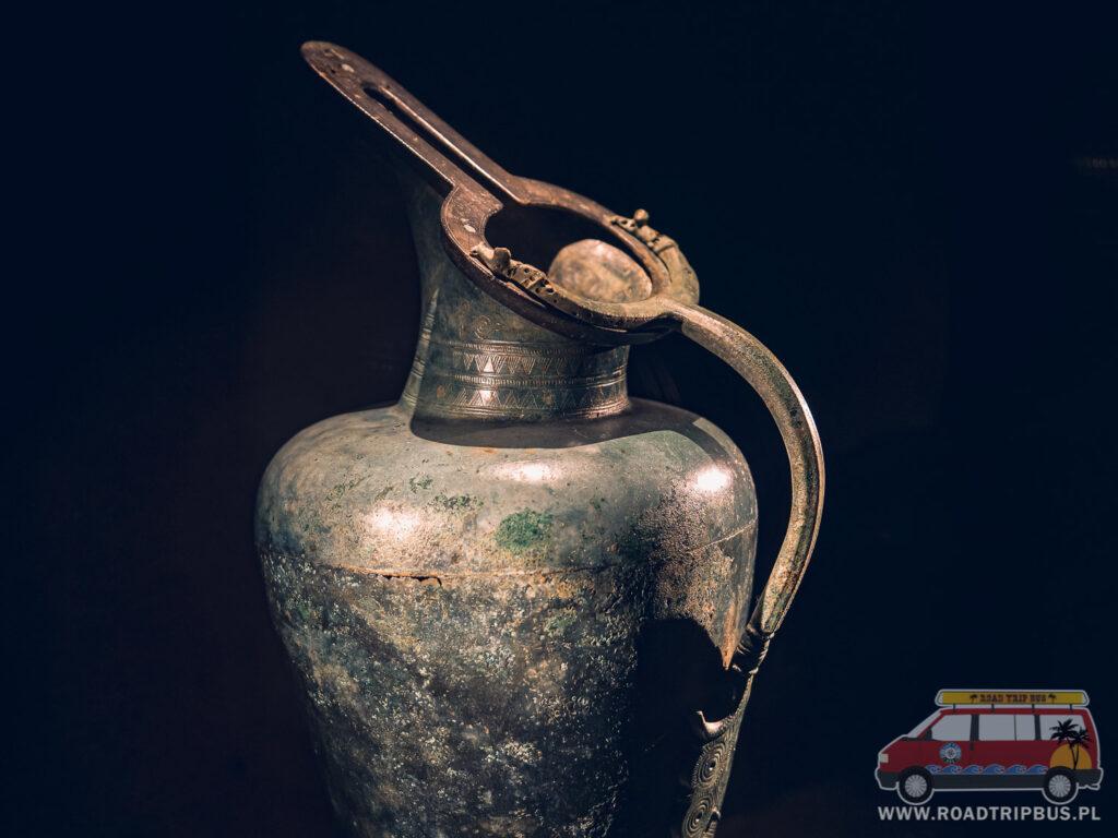 waza w muzeum archeologicznym