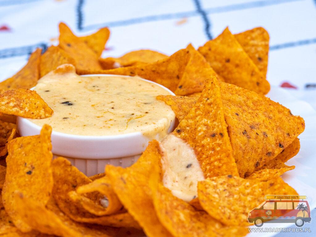 dip serowy do nachos