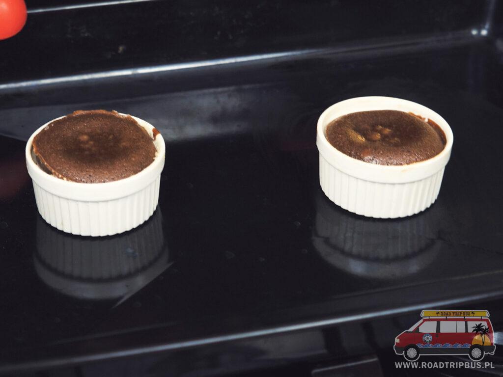 lava cake po wyjęciu z piekarnika