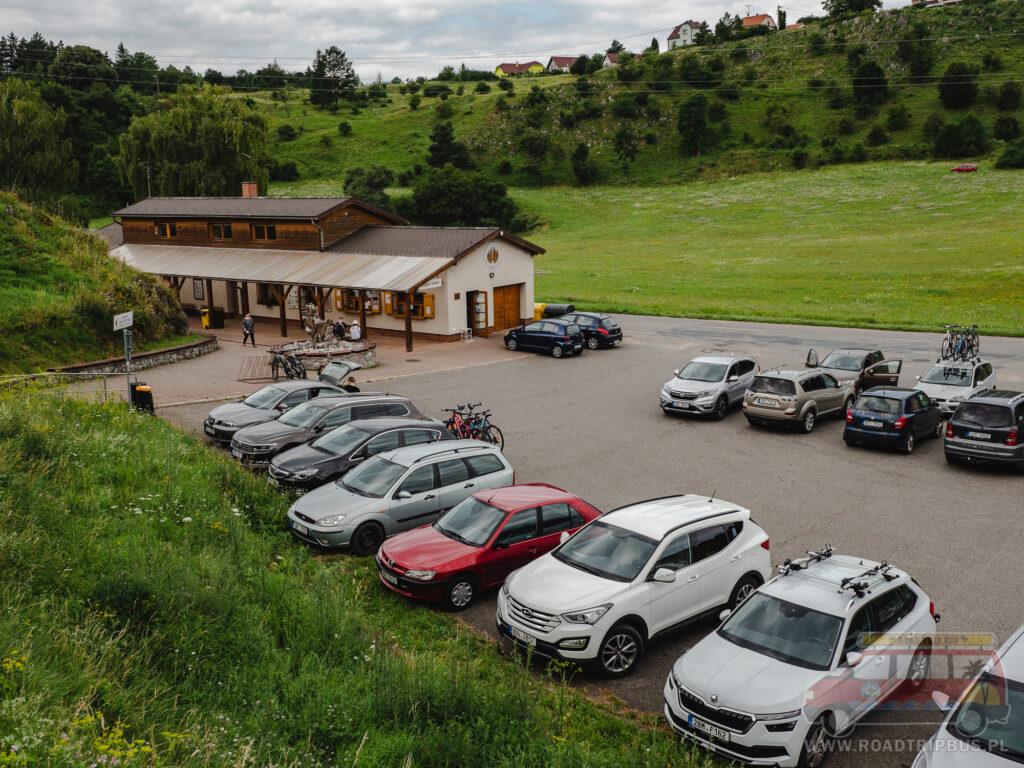 parking przy jaskini balcarka