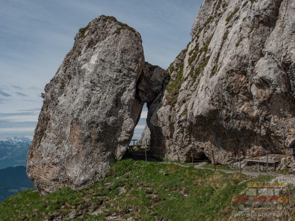 trasa piesza na tomlishorn - skały