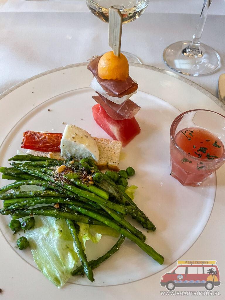 jedzenie w hotelu pilatus kulm