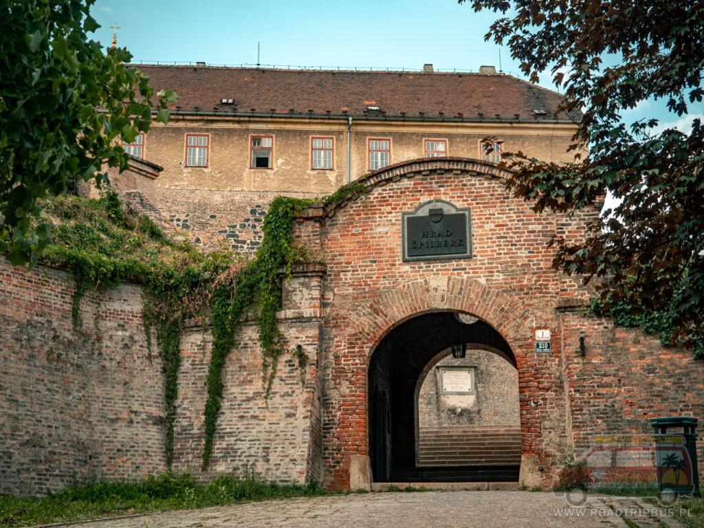 wejście na zamek Spilberk