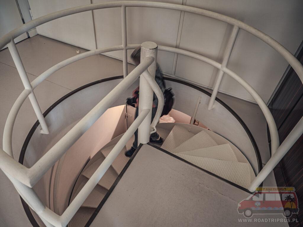 schody w skrzydle technicznym
