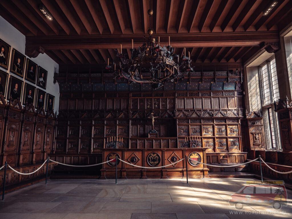 sala pokoju w munster