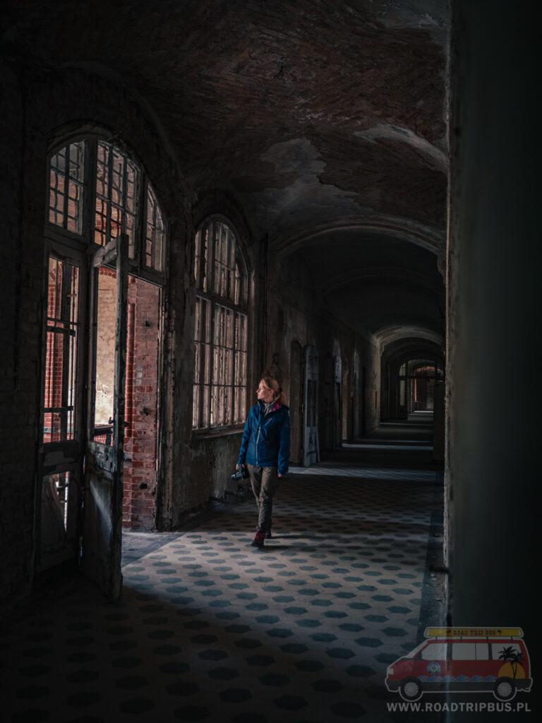 wnętrza sanatorium w beelitz