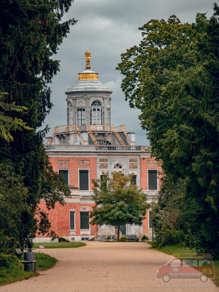 pałac marmurowy widziany od południa