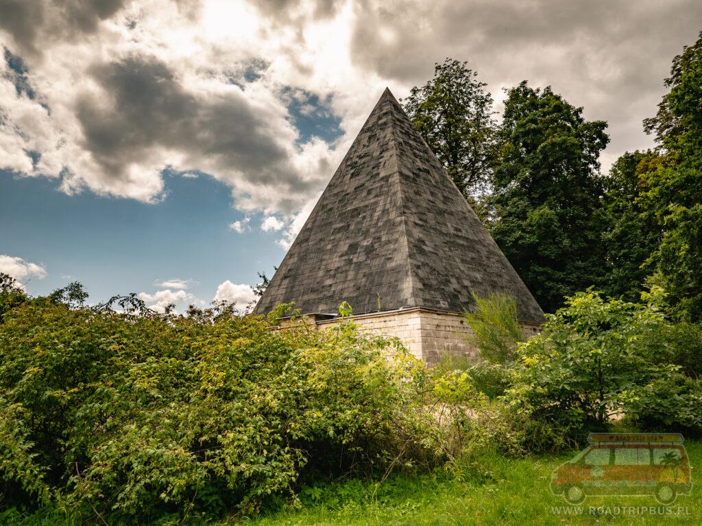 piramida poczdam